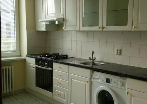 RK Byty Bratislava prenajme 2 izb. byt na ul. Bukureštská, BA-I. Stáre Mesto.