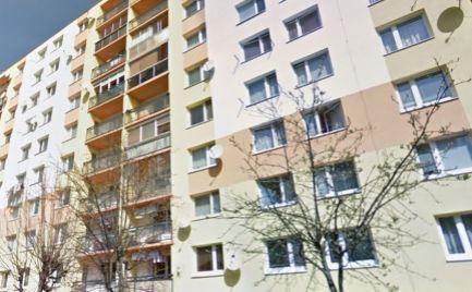Veľký byt 1 izbový s lodžiou, 40 m2, B. Bystrica, kompletná rekonštrukcia – cena 67 000€