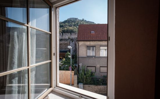 Hainburg - stavebný pozemok na výstavbu 4-bytového objektu s krásnym výhľadom