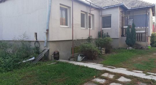 Okamžite na predaj rodinný dom v obci Drienčany