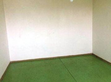1-i byt, 38 m2, pôvodný stav, IHNEĎ VOĽNÝ