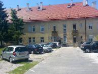 Študentky ponúkam VÁM 2 voľné miesta cez školský rok 2018-2019 do prenájmu 3 izbový byt S BALKÓNOM výmera 90M2 v centre mesta pri Čajke