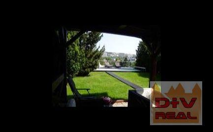 Predaj: 8 izbový rodinný dom, Matúšova ulica, Bratislava I, Staré mesto, použité kvalitné materiály, vonkajší bazén