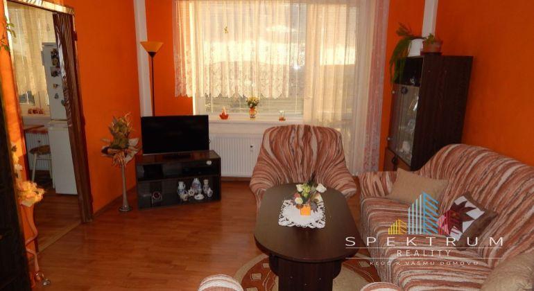 Na predaj 2 izbový byt 56 m2, Prievidza, Staré Sídlisko