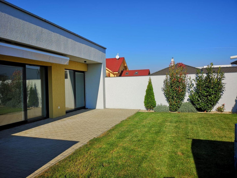 Areté real, Predaj slnečnej 4-izbovej novostavby s priestrannou terasou v Senci, Višňová