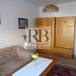 Znížená cena - 1izbový byt na Bodrockej ulici v Podunajských Biskupiciach