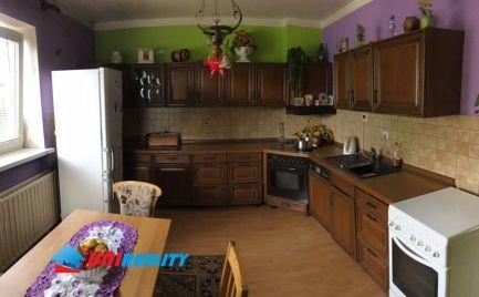 LADCE - 2 podlažný dom na predaj - 4 izby - pozemok 1661 m2