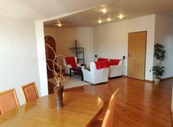 Veľkorysý 4 izbový byt v rodinnom dome