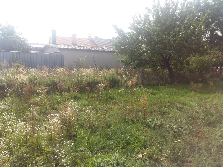 Areté real, Predaj rovinatého stavebného pozemku s vlastnou prístupovou cestou so vstupom z Cajlanskej ulice v Pezinku