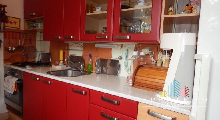 REZERVOVANE-Na Predaj 3 izbový byt, 61 m2, Handlová, Centrum