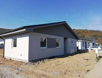 Budča – novostavba rodinného domu, pozemok 805 m2 – predaj