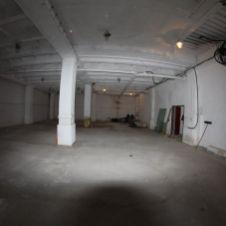 Skladovo-výrobné priestory o výmere 200 m2 v BA IV Dúbravke vhodné ako telocničňa, ateliér príp. nahrávacie štúdio