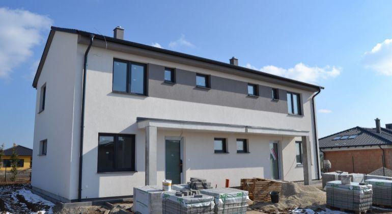 5 izb.Rodinný dvojdom- NOVOSTAVBA v Bernolákove v novovybudovanej časti