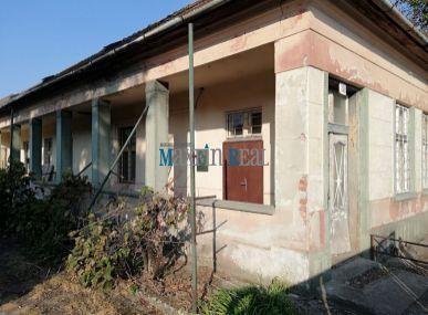 MAXFIN REAL.Rodinný dom v Sikenici vhodný aj na podnikanie - cena dohodou