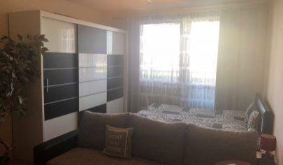 zrekonštruovaný 2 izbový byt s balkónom