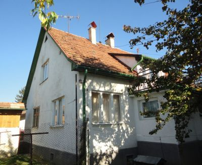 Na predaj 5 izbový rodinný dom 1156 m2 Prievidza 78082