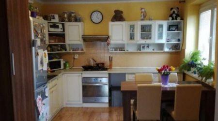 Ponúkame na predaj 2 izbový byt v Dubnici nad Váhom.