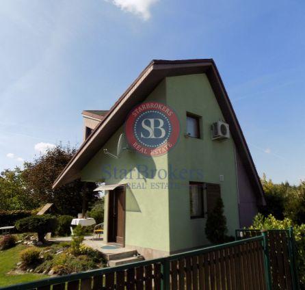 STARBROKERS - Predaj záhrady s celoročne obyvateľnou chatou, obec Dunajská Lužná, lokalita 8 min. od BA
