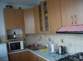 Priestranný 2 izbový byt v pôvodnom stave