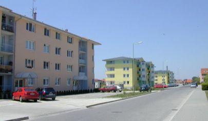Hľadám 2 izbový byt v Šamoríne na prenájom