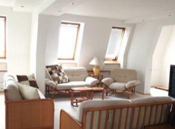 Krásny 4 izbový mezonet