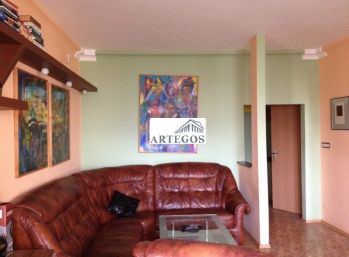 Pekný 3 izbový slnečný byt v Ružinove
