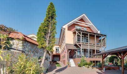 Polyfunkčný dom na bývanie aj podnikanie v Svätom Jure