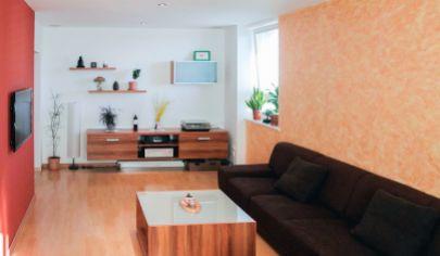 PREDANÉ APEX reality Vám ponúka pekný, priestranný, slnečný 2 iz. byt na Spartakovskej v TT