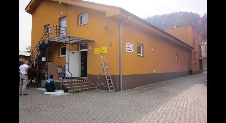Obchodno-kancelárske priestory - budova, na prenájom, M.R.Štefánika, Trenčín