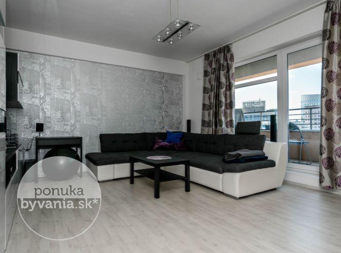 PREDANÉ - PANÓNSKA CESTA, 2-i byt, 52 m2 – NOVOSTAVBA, nízke náklady, kompletne zariadený, HNEĎ PRI CENTRE