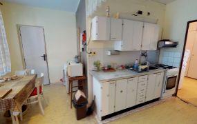 EXKLUZÍVNE IBA U NÁS !!! Ponúkame Vám na predaj 4 izbový byt, 83 m2, pôvodný stav, Dubnica nad Váhom - Pod kaštieľom.