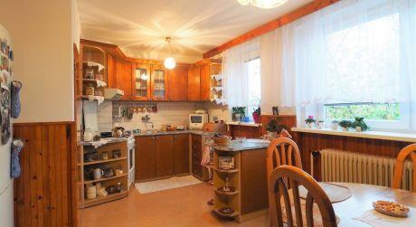 Na predaj rodinný dom 5+2, garáž, záhrada, 2.110 m2, Beluša