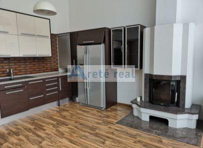 Areté real, Prenájom veľmi pekného 3-izbového rodinného domu s dvojgarážou v Bratislave, časť Rača - Krasňany