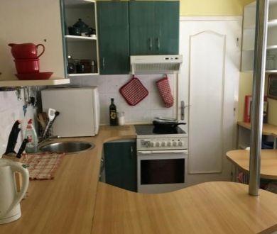 Ponúkame na predaj pekný kompletne zrekonštruovaný 4 izbový byt na sídlisku SNP.