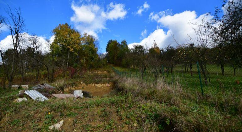 Predaj stavebného pozemku vo svahu v obci Krasňany