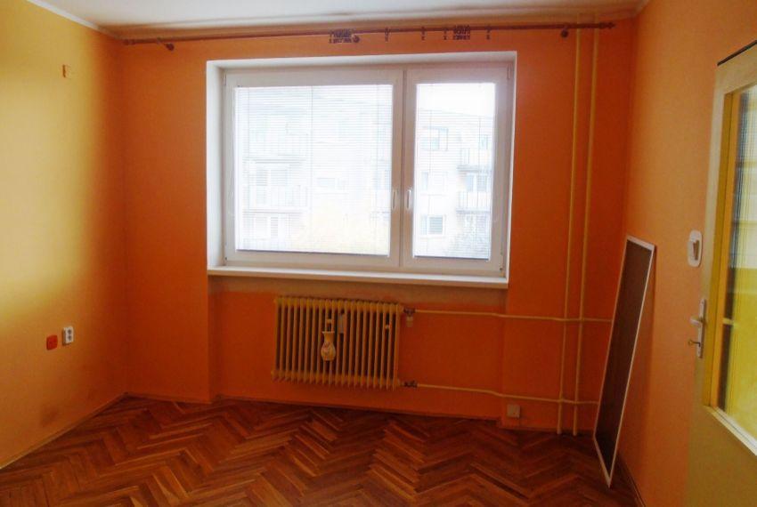 Predaj 1 izbový byt Šahy-4