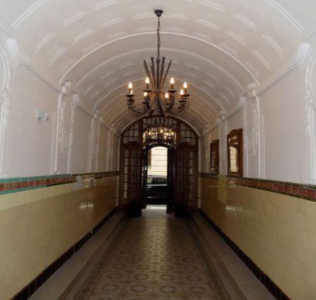 STARBROKERS - Prenájom 2 izb. bytu, v samotnom srdci mesta, Klobučnícka ul. pri Primaciálnom námestí