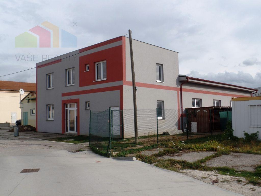 Priemyselný objekt-Predaj-Nové Mesto nad Váhom-364000.00 €