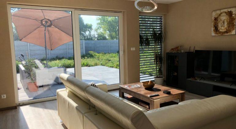 Moderné bývanie v Senci, kompletne dokončený interier a exterier domu na kľúč