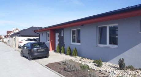 Kuchárek-real: Ponuka 2 izbového domčeka za cenu bytu.