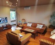 LEN U NÁS!!! - DIAMOND HOME s.r.o. Vám ponúka na predaj krásny a komfortný 4 izbový rodinný dom v obci Orechová Potôň!