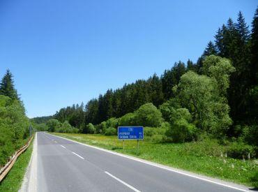 Atraktívne pozemky pri ceste, obec HYBE