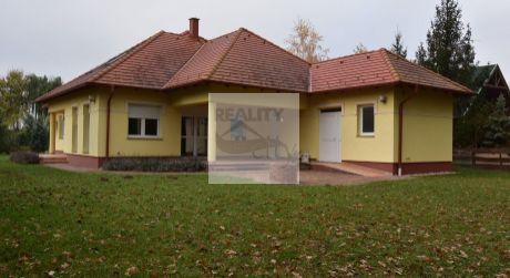 7 - izbový priestranný rodinný dom 222 m2, pozemok 1261 m2 s prístupom k vode - Dunakiliti