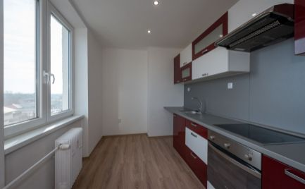 3 izb. byt, kompletne rek., Rožňavska