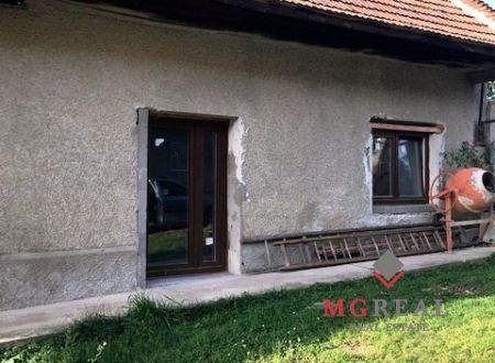 Na predaj rodinný dom v obci Osľany.