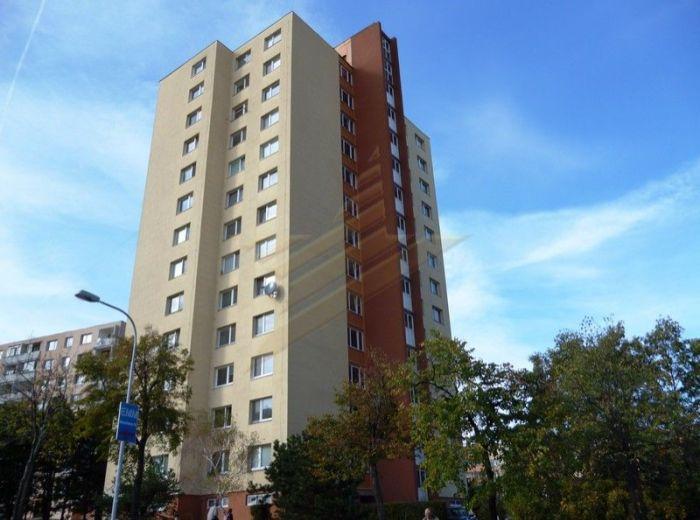 PREDANÉ - BILIKOVÁ, 3-i byt, 70 m2 – byt a dom po kompletnej rekonštrukcii, výborná dispozícia, KRÁSNY PANORAMATICKÝ VÝHĽAD