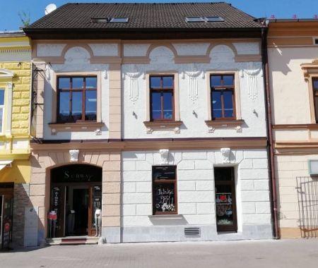 Obchodné priestory, 340 m2, Poprad, centrum pešia zóna