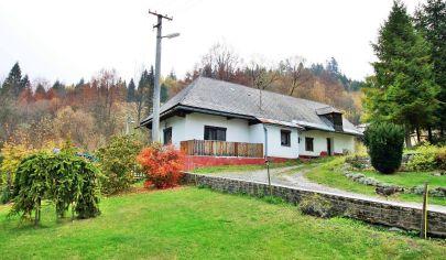 Chalupa / Rodinný dom v malebnom údolí, obec Hnilec