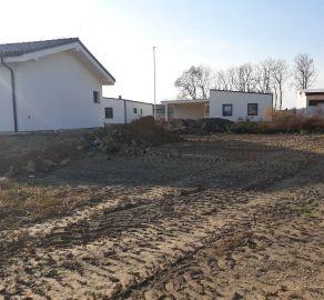 Predaj - Stavebný pozemok už so stavebným povolením v projekte LASTOVIČKY - Nová Dedinka