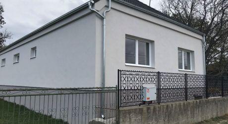 Predaj - Kompletne prerobený 4 izbový rodinný dom v Iži